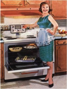 mujer-feliz-en-la-cocina